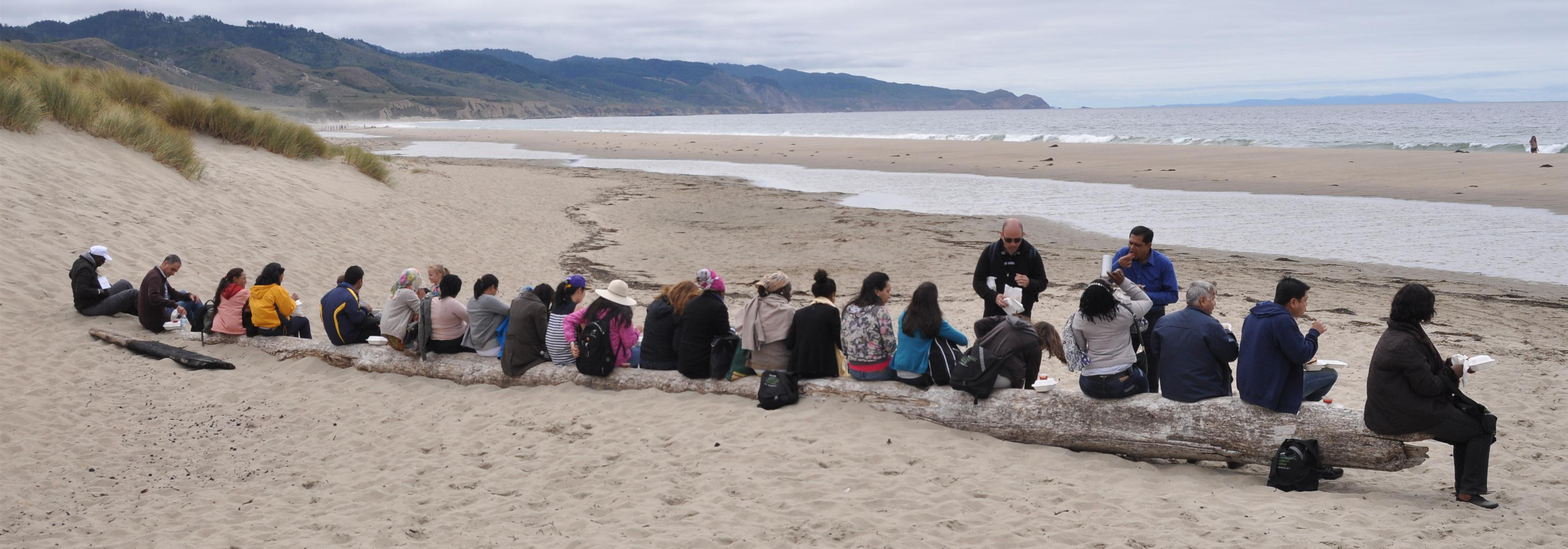 Beahrs ELP students having lunch at the beach